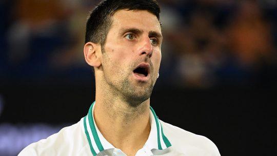 Novak Đoković se čudi, začuđen