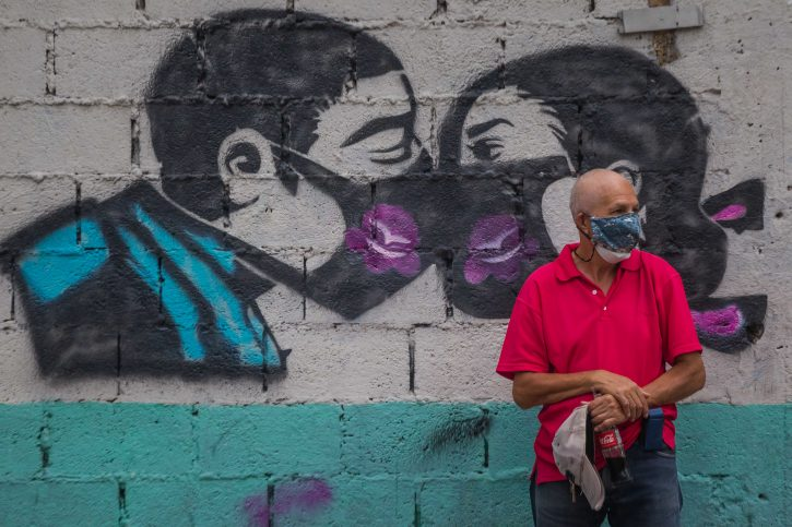 maska; starac; grafit; korona