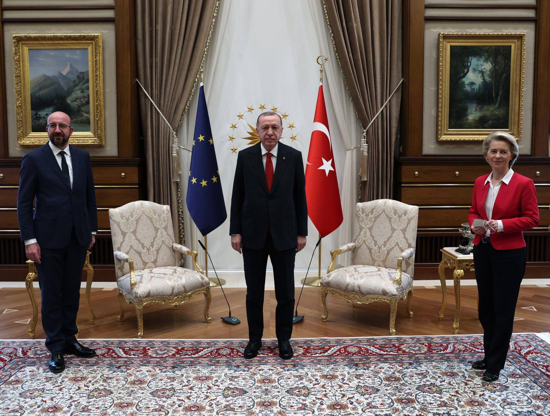 Sarl Misel, Redzep Tajip Erdogan i Ursula fon der Lejen