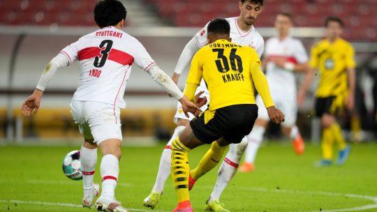 VfB Stuttgart v Borussia Dortmund