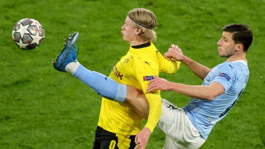 Borussia Dortmund v Manchester