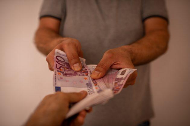 Prevaranti, novac za bolesnu decu