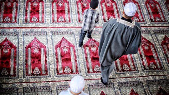 Sveti mesec Ramazan, Novi Pazar, džamija, molitva