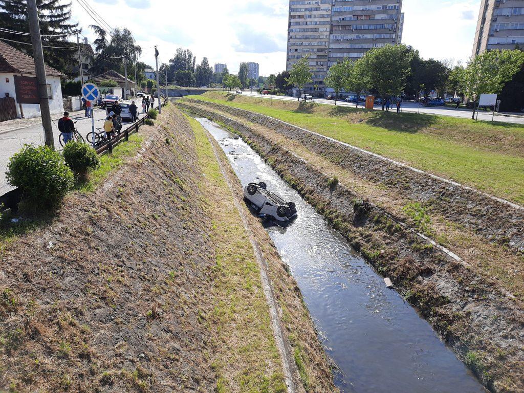 Kragujevac, saobraćajna nesreća, automobil, reka, Lepenica