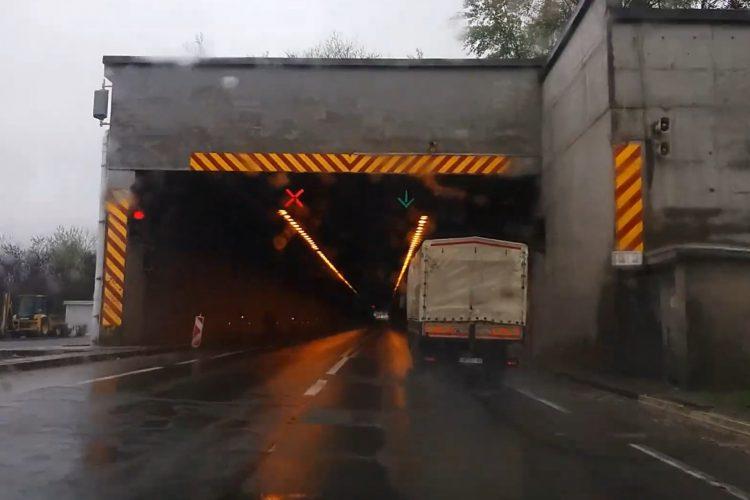 Tunel Lipak