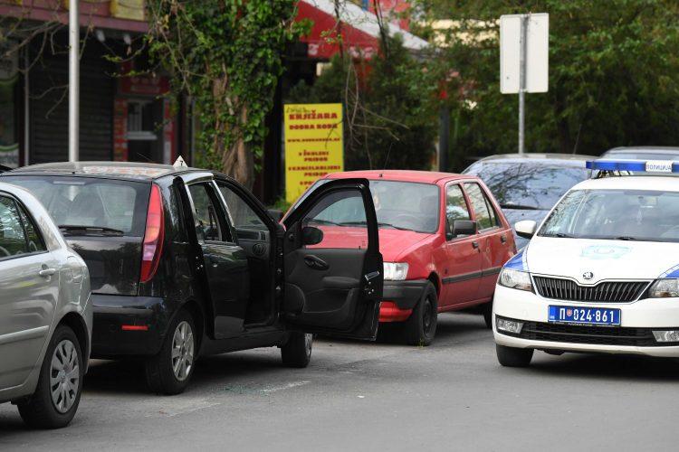 Samoubistvo u kolima, Novi Beograd, policija, uviđaj, uvidjaj