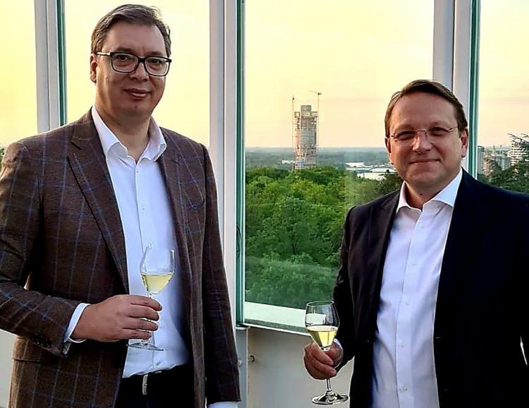 Aleksandar Vucic i Oliver Varheji