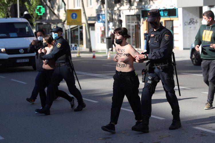 Femen Madrid policija privodjenje