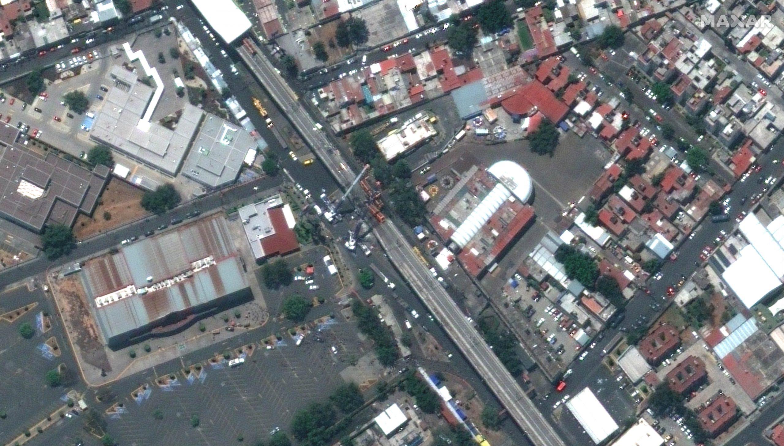 Meksiko Meksiko siti srusen nadvoznjak, nesreca
