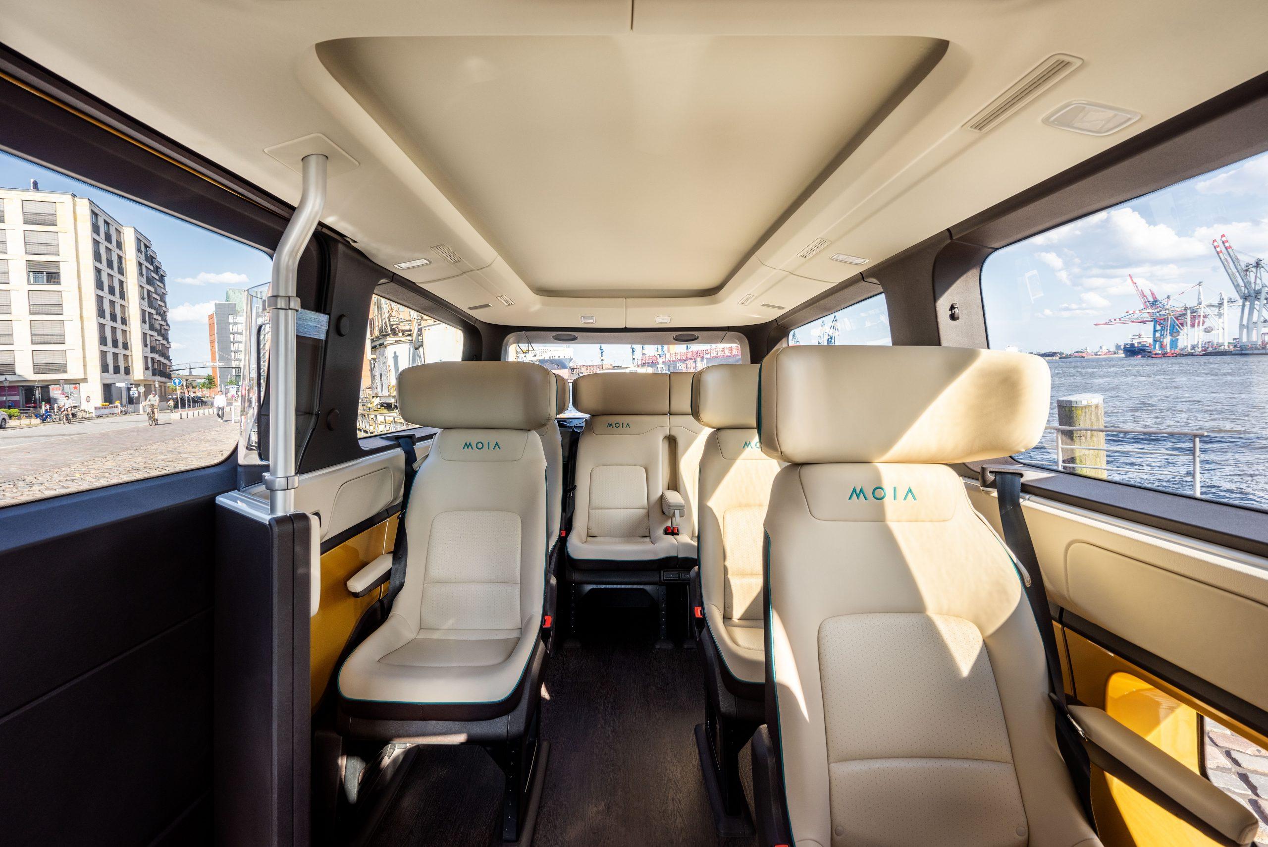 Volkswagen Minibus