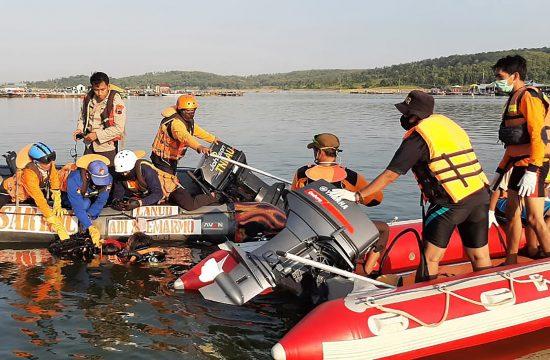 Indonezija nesreća čamac