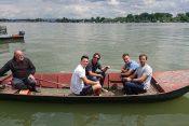 Kecmanović i Nalbandijan vozili se čamcem