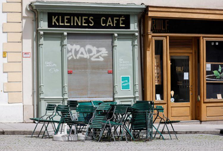 Austrija, otvarajau se restorani
