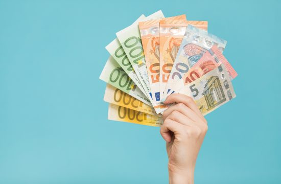 Evri, euri, pare, novac