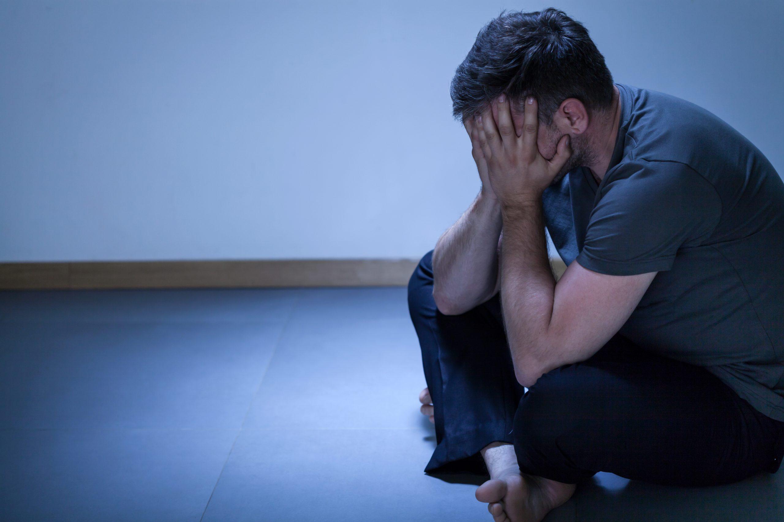 Muškarac, depresija