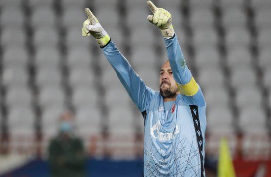 Milan Borjan želi da završi karijeru u Zvezdi ali pitaju se ljudi iz kluba