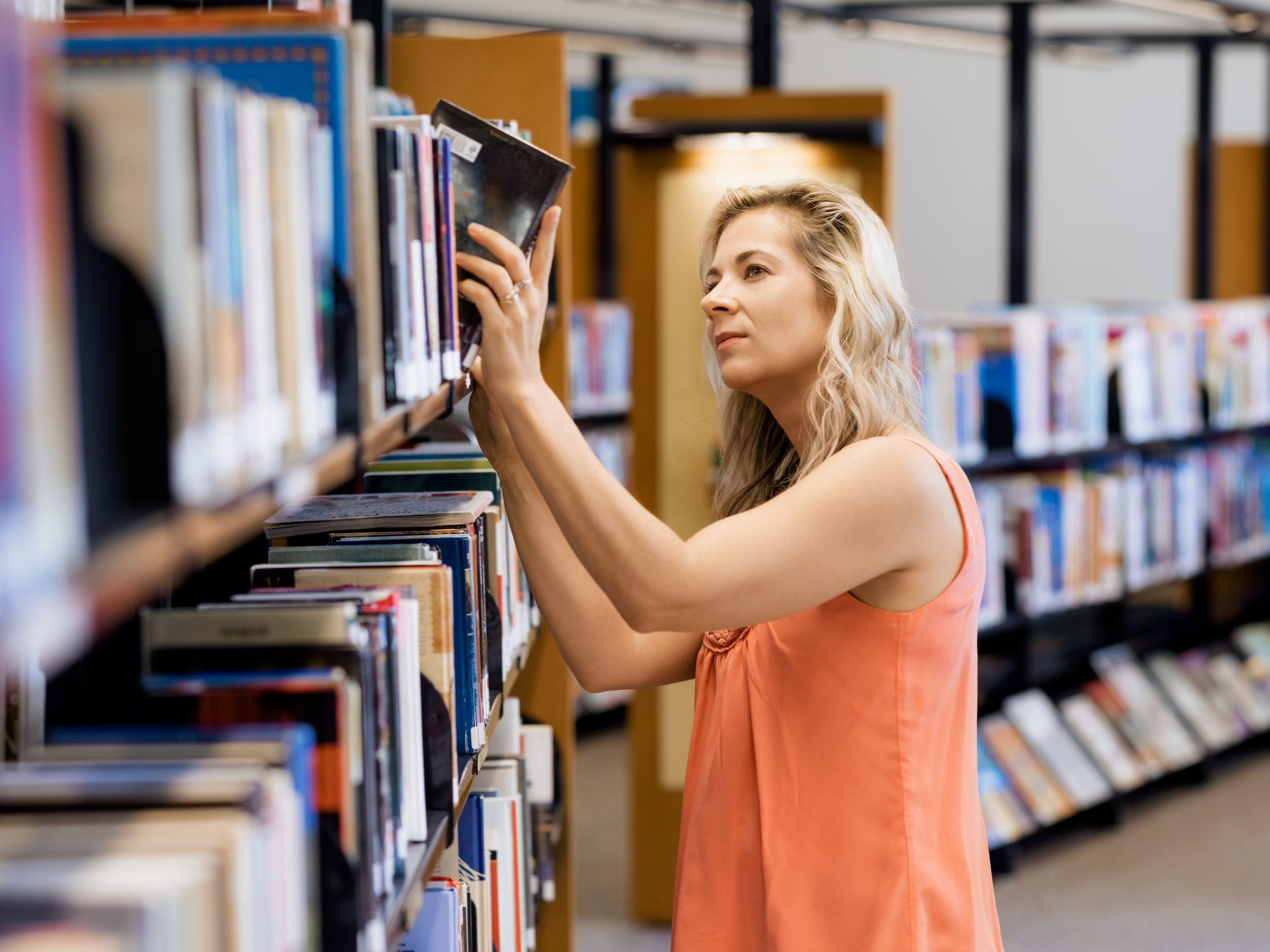 Biblioteka, knjige, knjiga, nabavka knjiga