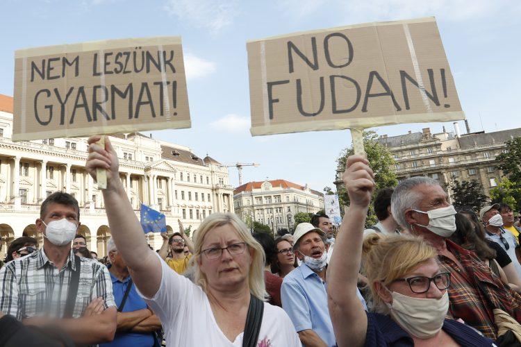 Madjarska Budimpesta protest