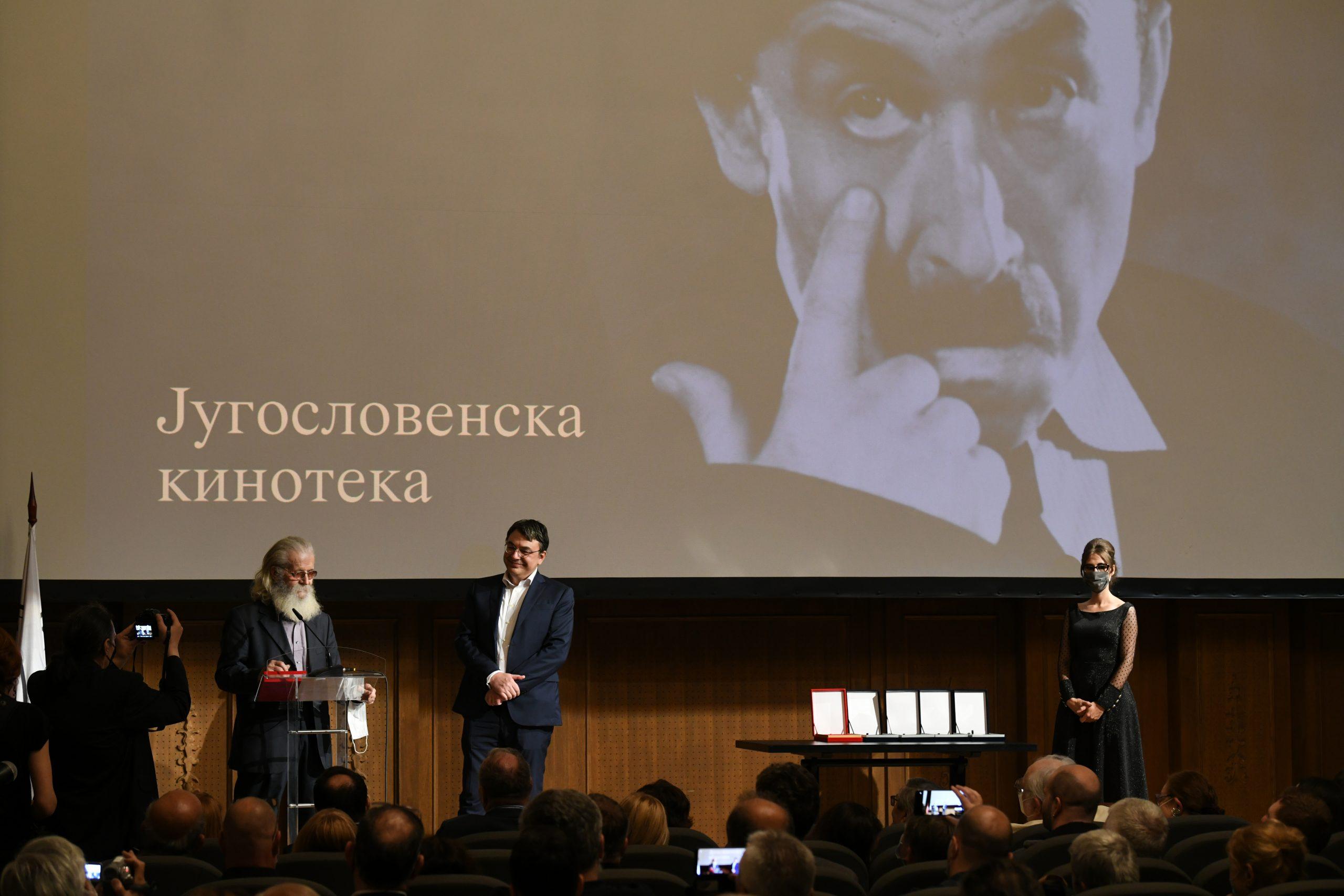 Jugoslovenska kinoteka dodela priznanja Zlatni pecat Milorad Jaksic Fandjo i Jugoslav Pantelic
