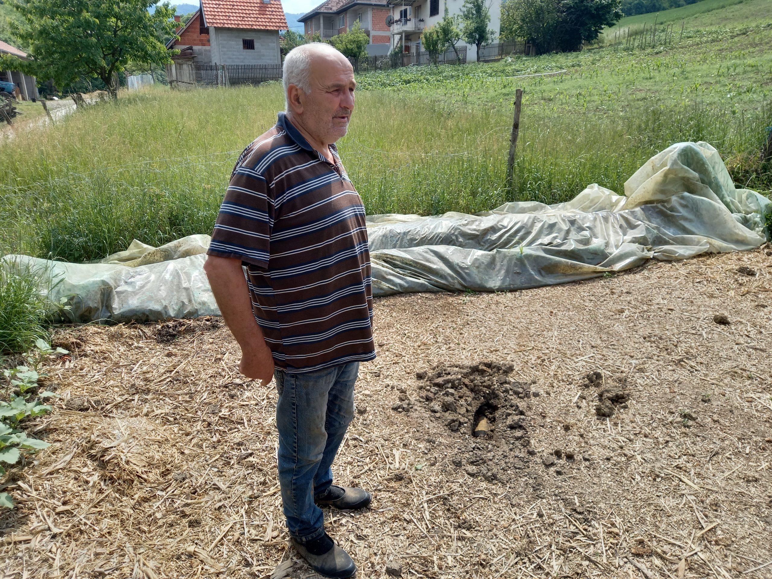 Čačak, Ljubivoje Boričić, granata, granate na livadi posle eksplozije u fabrici Sloboda u Čačku