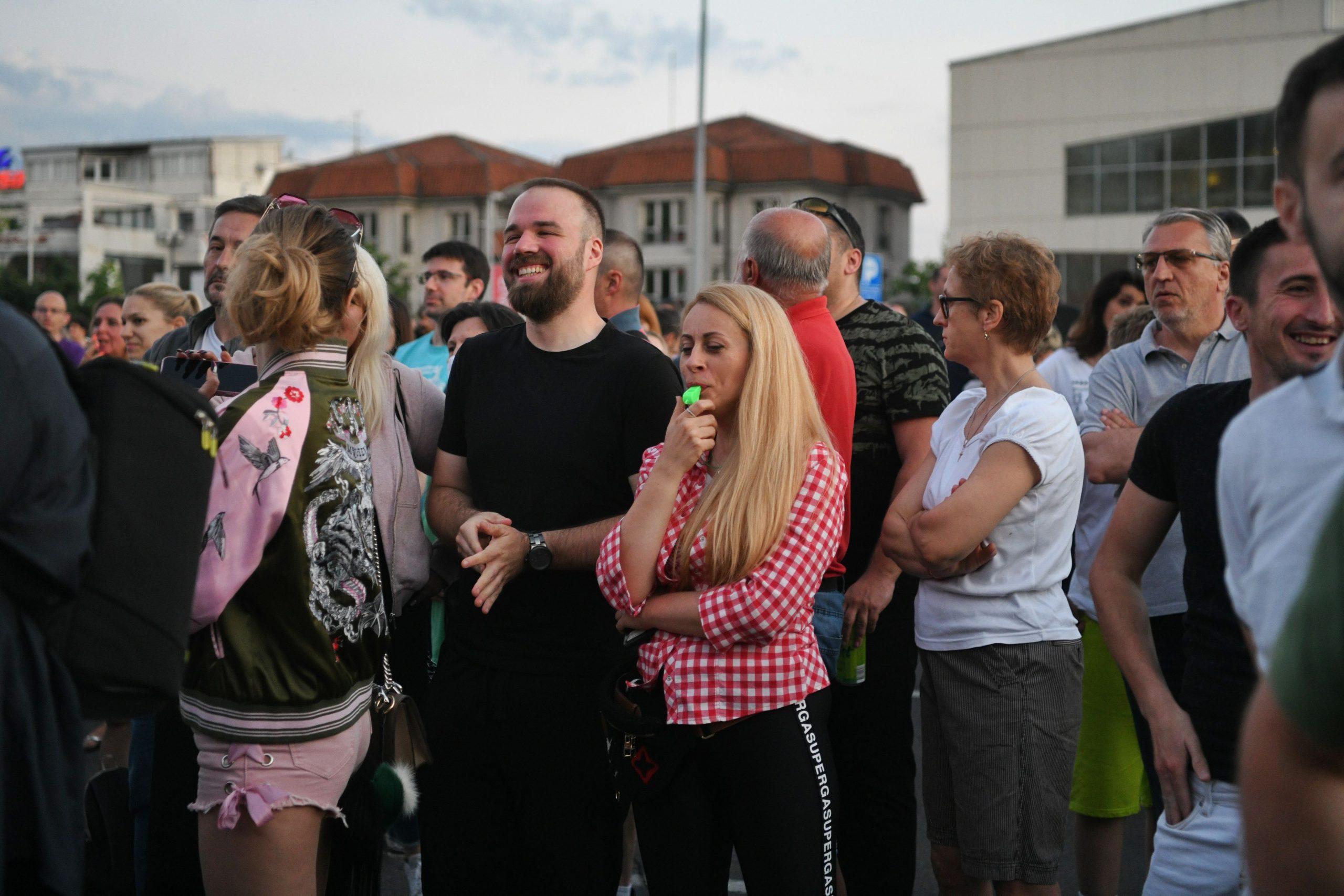 Protest, stanari bloka 37, blok 37, protest protiv izgradnje poslovnog objekta