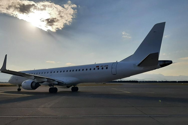Avion nove crnogorske aviokompanije Er (Air) Montenegro