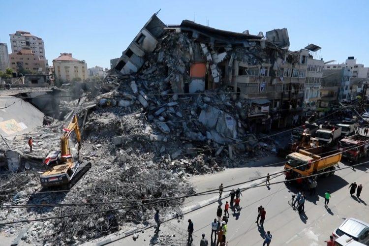 Čišćenje ruševina u Gazi