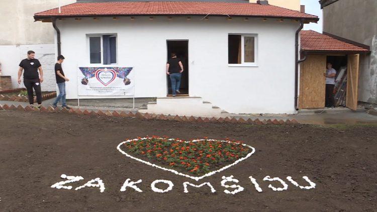 Srcem za komšiju. Komšije pomogle i sagradile novu kuću, komšiji izgorela kuća u požaru