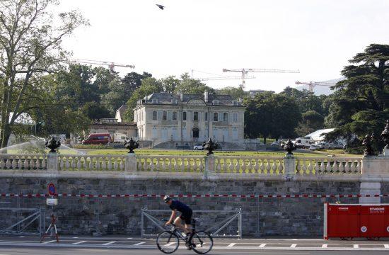Ženeva pred samit