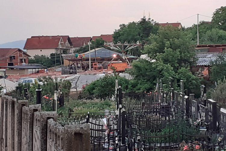 Vranje, groblje, Šapranačko groblje, letnje zadušnice, ringišpil, luna park