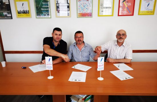 Potpisivanje sporazum o zajednickom delovanju sindikata lekara i farmaceuta, vojske i prosvete