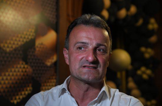 Ivan Milinković Otvaranje restorana Košnica, restoran, poznati