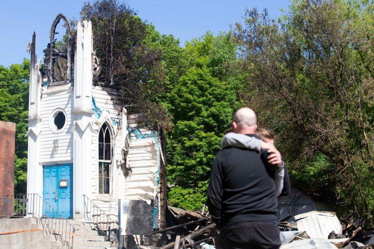 Kanada, izgorela crkva