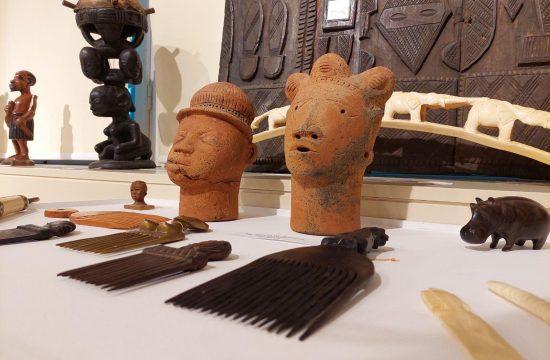 Adligat, Dan Afrike, africka umetnost