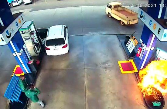 Požar na pumpi