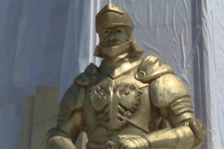 Kruševac, Vidovdan, spomenik