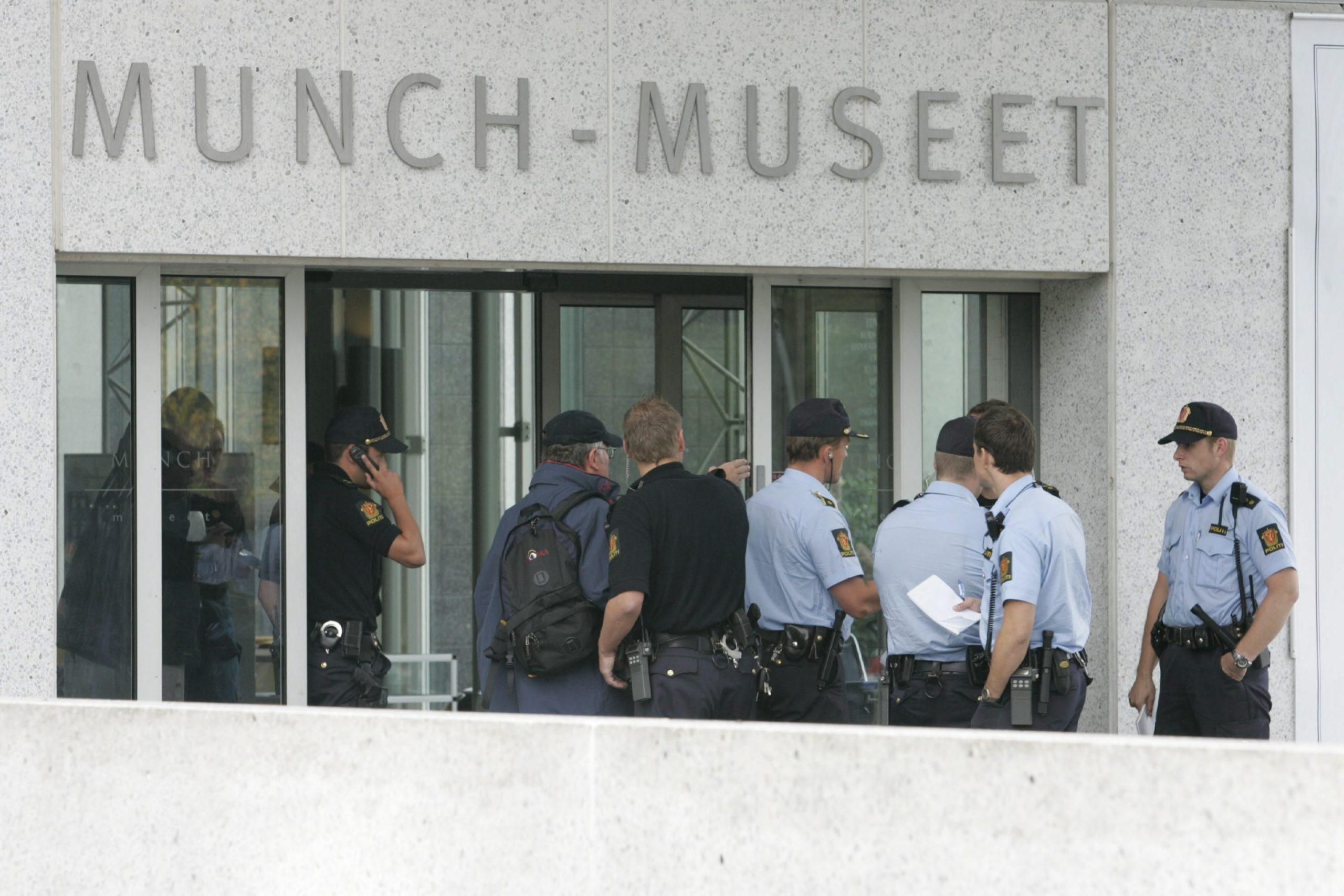 Edvard Munk, Vrisak, krađa, kradja