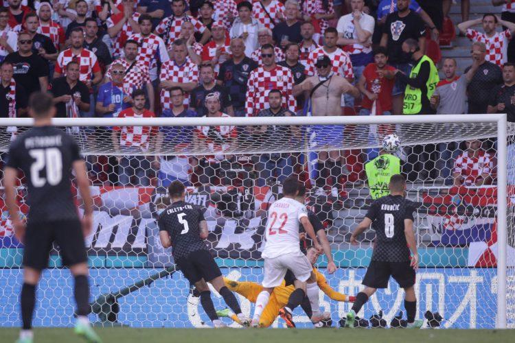 Fudbalska reprezentacija Hrvatske, Španije