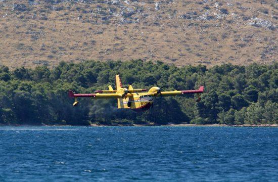 Hrvatska, Grebaštica, požar, kanadre, avion za gašenje požara