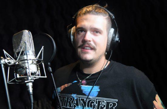 Isak Šabanović, snimanje pesama u studiju Aleksandra Milića Milija, Zvezde Granda
