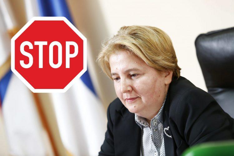 Zagoraka Dolovac, stop znak