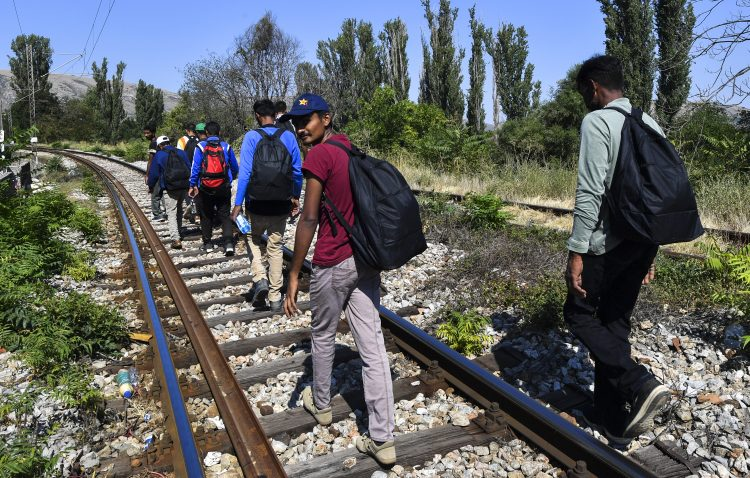 Makedonija, pruga, migranti