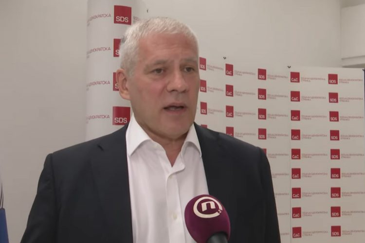 Boris Tadić, RTS i opozicija, Druga strana na RTS, Proboj javnog servisa ili kozmetika, prilog, emisija Među nama, Medju nama