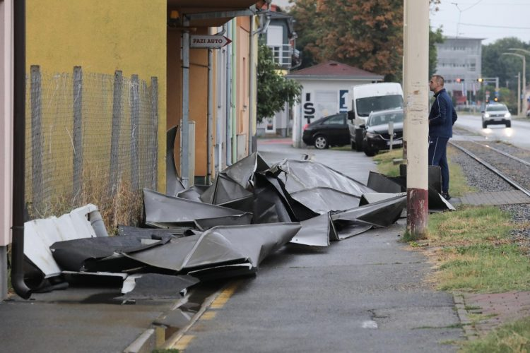 Osijek, nevreme, limeni krov