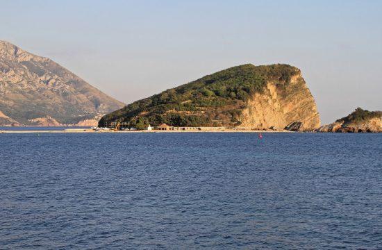 Ostrvo Sveti Nikola u Crnoj Gori Crna Gora