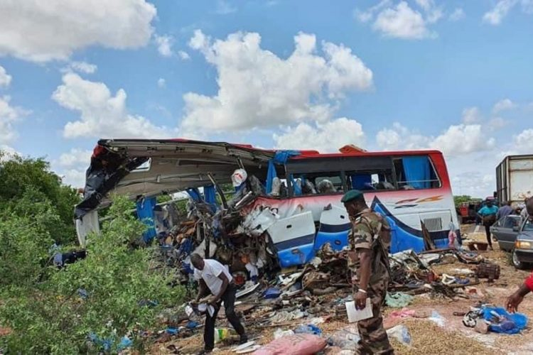 Mali, nesreća, kamion, autobus