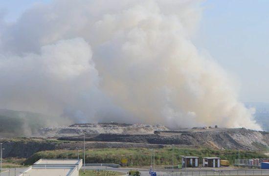 Požar na deponiji u Vinči