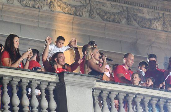 Milica Todorovic Olimpijci, doček, Skupština grada, balkon