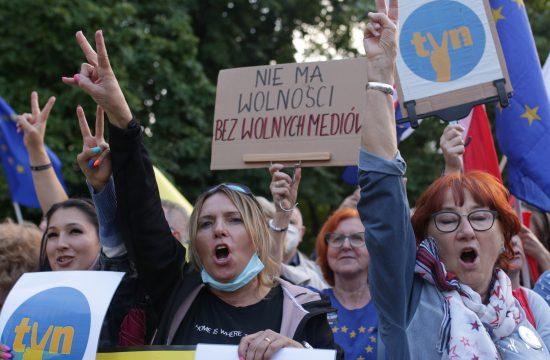 Poljska, protest, mediji, zakon o medijima