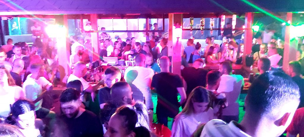 Crna Gora, Budva, nocni klub, koronavirus, mere